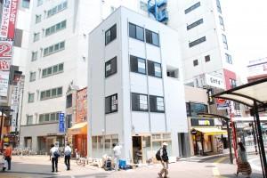 JR荻窪駅北口すぐの場所にミニミニ荻窪店が移転オープンします。